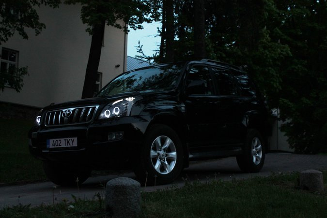 TOYOTA LAND CRUISER 120 LUXURY 127 kW